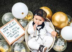 New Years Baby Photo Ideas! - New Years Baby Photo Ideas! Milestone Pictures, Monthly Pictures, Monthly Baby Photos, Baby Boy Pictures, Newborn Pictures, Easter Pictures For Babies, 6 Month Baby Picture Ideas Boy, Baby Boy Newborn, Baby Boys