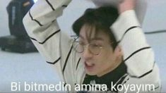 Read from the story Bad Girl/JJK by bluebrith_h (Soulfly) with reads. Fail Girl, Bts Meme Faces, Lol, Wattpad, Book Memes, Bts Fans, Mood Pics, Funny Laugh, My Mood