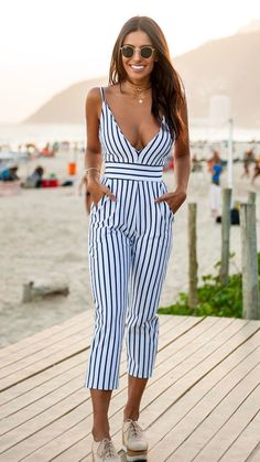 cute casual outfits for a movie date - Page 77 of 150 - cute dresses outfits Casual Work Outfit Summer, Cute Casual Outfits, Summer Outfits Women, Jumper Outfit, Jumpsuit Outfit, Casual Jumpsuit, Pant Jumpsuit, Look Fashion, Fashion Outfits