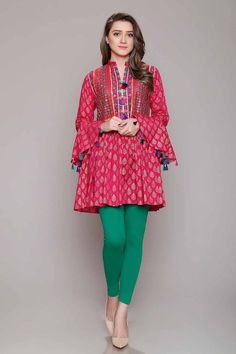 Rang Ja Pret 2017 Collection Eid Festival, Rang Ja summer collection has launched recently in april summer Comes in Pakistan for a long time. Pakistani Dress Design, Pakistani Outfits, Indian Outfits, Pakistani Couture, Kurti Designs Party Wear, Kurta Designs, Blouse Designs, Dress Designs, Simple Dresses