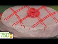 (39) Christmas cake - 750g - YouTube Christmas Tree, Holiday Decor, Cake, Desserts, Food, Recipe Videos, Teal Christmas Tree, Tailgate Desserts, Deserts