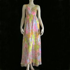 1970's INSPIRED FASHION | Vintage 1970's Pucci Inspired Maxi Dress