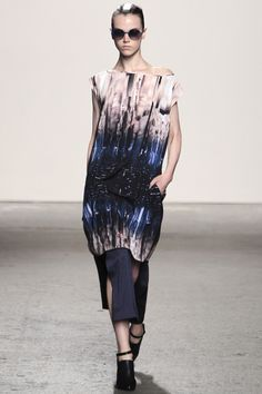 Zero   Maria Cornejo Spring 2014 RTW - Review - Fashion Week - Runway, Fashion Shows and Collections - Vogue