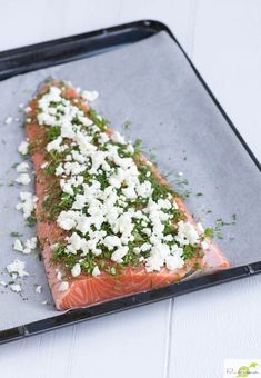 Whole salmon with herb crust from the oven - - Salmon Recipes, Fish Recipes, Healthy Recipes, Feel Good Food, Love Food, Food N, Food And Drink, Sea Food, Low Carp