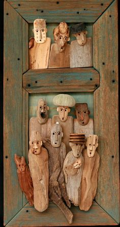 Atelier Karibu: Creations en Bois Flotte Xavier Deparis.....I seriously love these little driftwood people.
