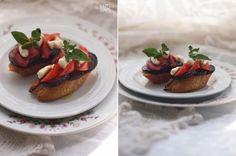 HAPPYFOOD - Брускетта с жаренными баклажанами, томатами и моцареллой