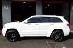 Stop by our web page for even more with regard to this stunning jeep girl White Jeep Grand Cherokee, Jeep Cherokee Limited, Jeep Grand Cherokee Limited, Lifted Jeep Cherokee, Lifted Jeeps, Us Cars, My Dream Car, Dream Cars, Sportbikes