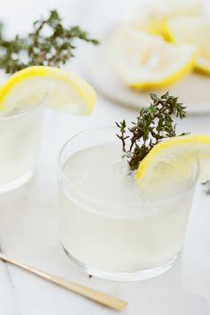 #Thym, #romarin ou #basilic… parfumez votre #gin aux saveurs de l'été ! --- #gastronomie #herbe #été #recette #summer #cocktail #inspiration