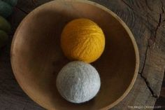 Ditch The Chemicals With DIY Wool Dryer Balls The Homestead Survival - Homestead. Bone Crafts, Metal Crafts, Felt Ball Rug, Hemp Jewelry, Silver Jewelry, Wholesale Clothing, Buy Wholesale, Wholesale Products, Felt Shoes