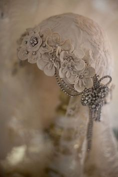 1920's style vintage silk, lace, rhinestones and in creamy dreamy blush and ivory ... loving it !