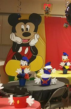Decoracion de mickey y pato