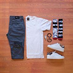 Mens Fashion – Designer Fashion Tips Fashion Mode, Look Fashion, Mens Fashion, Fashion Trends, Mode Outfits, Casual Outfits, Fashion Outfits, Outfit Grid, My Outfit