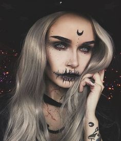 Long Star Grey Wavy Synthetic Lace Front Wig - Make up - halloween art Halloween Makeup Pirate, Pretty Halloween, Halloween Halloween, Scarecrow Makeup, Scary Halloween Costumes, Makeup Clown, Costume Makeup, Diy Witch Costume, Demon Makeup