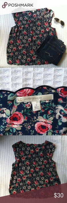 EUC LC Lauren Conrad navy printed blouse A gorgeous LC Lauren Conrad navy floral printed blouse that is in great condition. Pair with skinnies and sandals for a casual look. 100% polyester machine washable. LC Lauren Conrad Tops Blouses