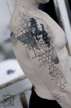 Tattoo-Trends Geometrische Tattoos Source tattoo designs, tattoo, small tattoo, meaning Fake Tattoos, Hot Tattoos, Trendy Tattoos, Body Art Tattoos, Tattoos For Guys, Cool Guy Tattoos, Feminine Tattoos, Circle Tattoos, Modern Tattoos