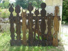 wood door - Montandre - France