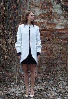 WHITE ASYMMETRIC COAT