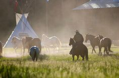 Situated between Yellowstone Park and Big Sky Resort on more than 320 acres of mountain range, forest and two miles of pristine Gallatin River, the 320 Guest Ranch offers an authentic guest ranch experience. Employees will experience a family atmosphere while living and working here.