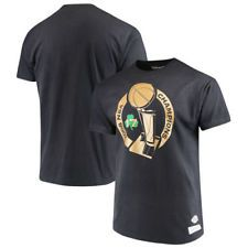 Boston Celtics Mitchell   Ness Hardwood Classics 2008 NBA Champs Trophy  T-Shirt Boston Celtics 38f38f940e28