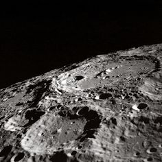 Terraced_Wall_Crater_on_the_Lunar_Limb