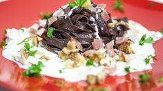 tagliatelle al cacao con noci, speck e mascarpone