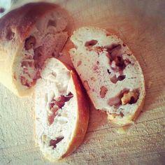pane fatto in casa con noci