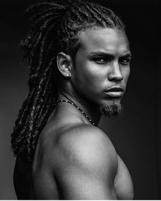 Rock your natural curls with confidence with some help from any of these afro hairstyles for men. be it a retro afro or a modern version or many others! Gorgeous Black Men, Men In Black, Handsome Black Men, Beautiful Men, Beautiful People, Handsome Man, Natural Hair Styles, Long Hair Styles, Dreadlock Hairstyles
