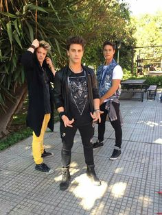 Lionel Ferro, Michael Ronda, Disney Channel, Best Shows Ever, Teen Fashion, It Cast, Teen Style, Collage Ideas, Band