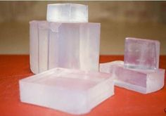 5 Lb Clear Glycerin Melt & Pour Soap Base Organic Fast Delivery SHIPPING TO LOWER 48 USA STATES ONLY Product Description Benefits of using This Soap Base The clear soap base offers a crystal clear bar