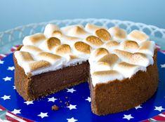 Paahdettaessa vaahtokarkin luonne muuttuu ratkaisevasti ja koukuttavasti: sisus pehmenee, kuori rapeutuu ja saa makua. Tästä syystä vaahtokarkit ovatkin Yhdysvalloissa suosittu grilliherkku. Ne laitetaan usein kahden täysjyväkeksin (graham cracker) väliin, johon tulee myös pala suklaata. Kyseessä on S'more, joka viittaa sanoihin