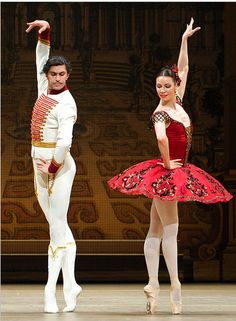 "The Bolshoi Ballet's Nikolai Tsiskaridze and Maria Alexandrova in ""Grand Pas,"" Yuri Burlaka's restaging of parts of Petipa's 1881 version of ""Paquita"". Photo: Elliot Franks Agency."