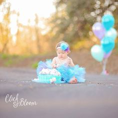 Click and Bloom Photography - Cake Smash - purple and turquoise