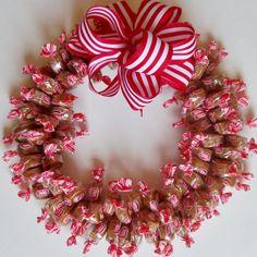 Candy Wreath Caramel Creme Edible Table by CandyWreathsbyCarla
