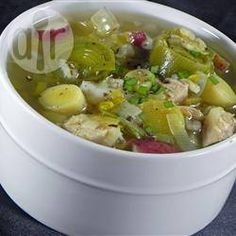 Sopa de pollo y poro @ allrecipes.com.mx