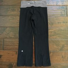 Lululemon workout capris In good conditions. Adorable slits to the back of the pants. Great addition to your workout closet lululemon athletica Pants Skinny