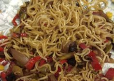 Street Food, Spaghetti, Gluten Free, Pasta, Cooking, Ethnic Recipes, Drink, Decor, Food And Drinks