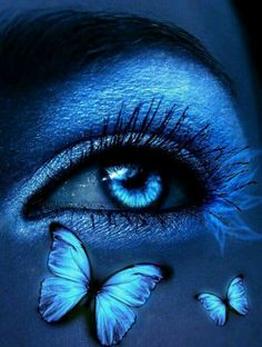 beautiful images of blue Gorgeous Eyes, Pretty Eyes, Cool Eyes, Sad Eyes, Evvi Art, Butterfly Eyes, Butterflies, Eyes Artwork, Eye Photography