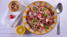 Quinoa con confit de pato y frutos secos - Receta - Canal Cocina
