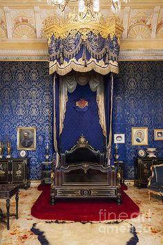 Royal Purple Queen Bedroom