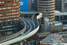 Here's something cool. Did you know that the Hanshin Expressway goes through the 5th-7th floors of the Gate Tower Building in Osaka?Source: genkin.org