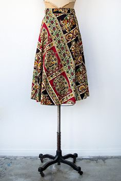 vintage 1970s ethnic print wrap skirt