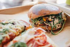 Que faire et que voir dans le quartier historique de Marseille ? Où manger ? Découvrez toutes nos bonnes adresses pour bien manger dans Le Panier.