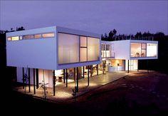 Resultados de la Búsqueda de imágenes de Google de http://decroly.com/decrolydigital/files/2011/04/merche-diseno-de-casas-modernas.jpg