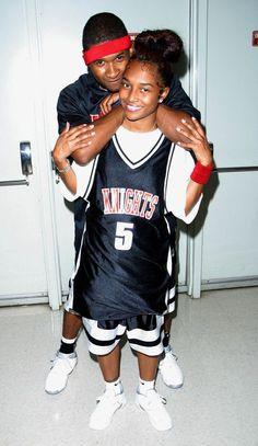 Usher and chili chilli tlc, outfit, hip hop rap, hip ho Black 90s Fashion, 90s Fashion Grunge, 2000s Fashion, Hip Hop Fashion, Rock Fashion, Lolita Fashion, Emo Fashion, Style Fashion, Fashion Design
