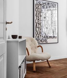 Minimal Scandinavian design at its best. Get to know interior designer Fredrik Karlsson. New Living Room, Living Room Modern, Nordic Design, Scandinavian Design, Minimalist Home, Interior Design Inspiration, Colorful Interiors, Home Remodeling, Stockholm