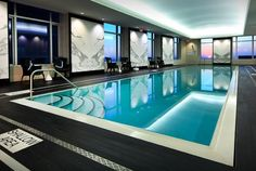 best Toronto hotel pools