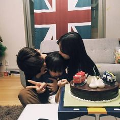 43 ideas mom and baby ulzzang sleep for 2020 Cute Asian Babies, Korean Babies, Asian Kids, Cute Babies, Asian Child, Dad Baby, Mom And Baby, Baby Boy, Ulzzang Kids