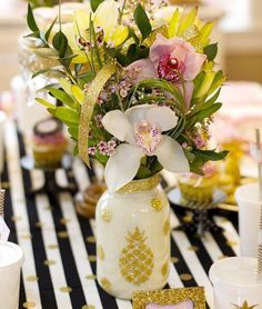 Pineapple centerpieces - gifts for her- Mason Jars - pineapple party favors - hawaiian party decor -  luau party mason jars
