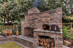 Out of doors Fireplace and Pizza Oven