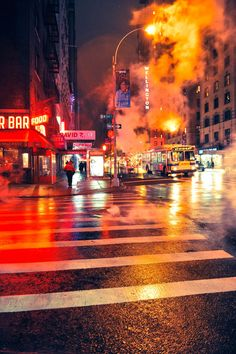 Streets of New york - At night the fog was thick and full of light, and sometimes voices  by RaymondRis